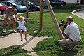 Mladen u parku za vrijeme snimanja